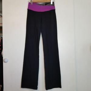 Lululemon Black Purple Yoga Pants Size 6